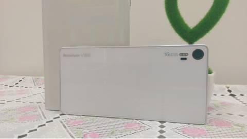 Giảm giá khủng, Lenovo Vibe Shot về mức dưới 4 triệu