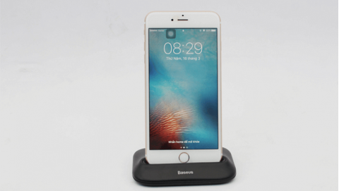 Dock sạc giá 400 ngàn giúp các thế hệ iPhone sạc nhanh hơn