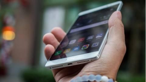 Huawei Mate 9 sạc 50% pin trong 5 phút chuẩn bị ra mắt