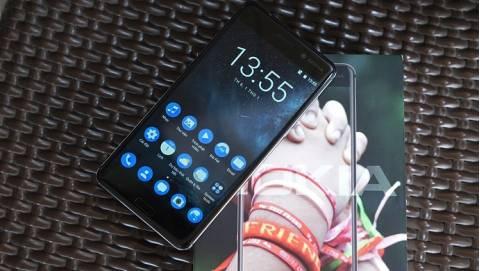 Top 3 smartphone nam tính tặng chàng dịp Valentine