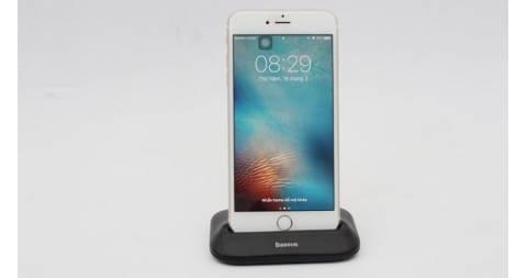 Dock sạc cho tất cả các dòng iPhone, giá dưới 400 ngàn đồng