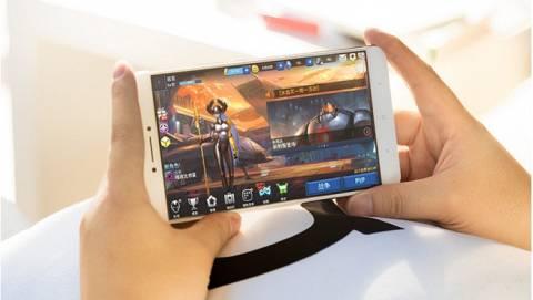 Top 6 smartphone pin xài 3 ngày, giá tốt tại Việt Nam