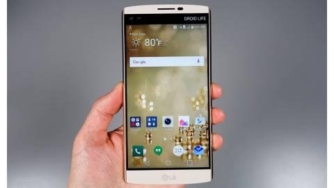 LG V10 - RAM 4GB, màn hình 2K, giá 6 triệu