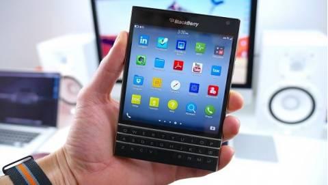 Blackberry Passport – Đẳng cấp doanh nhân trở lại, giá 4 triệu