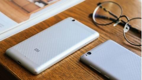 Xiaomi Redmi 3S – Cảm biến vân tay, RAM 3GB, pin 4100mAh