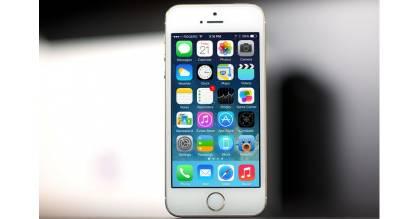 Cán mốc dưới 3 triệu, iPhone 5S khuấy động thị trường