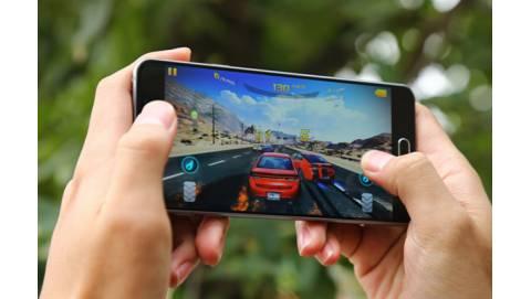 Samsung Galaxy A7 2016 có nên mua trong tầm giá dưới 6 triệu?