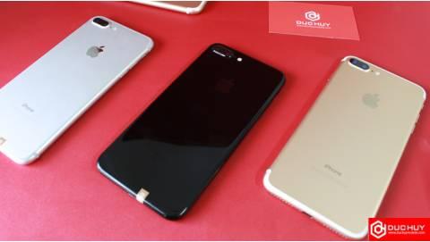 Nên mua iPhone 7 Plus chưa active hay Galaxy S8 Plus 2 sim?