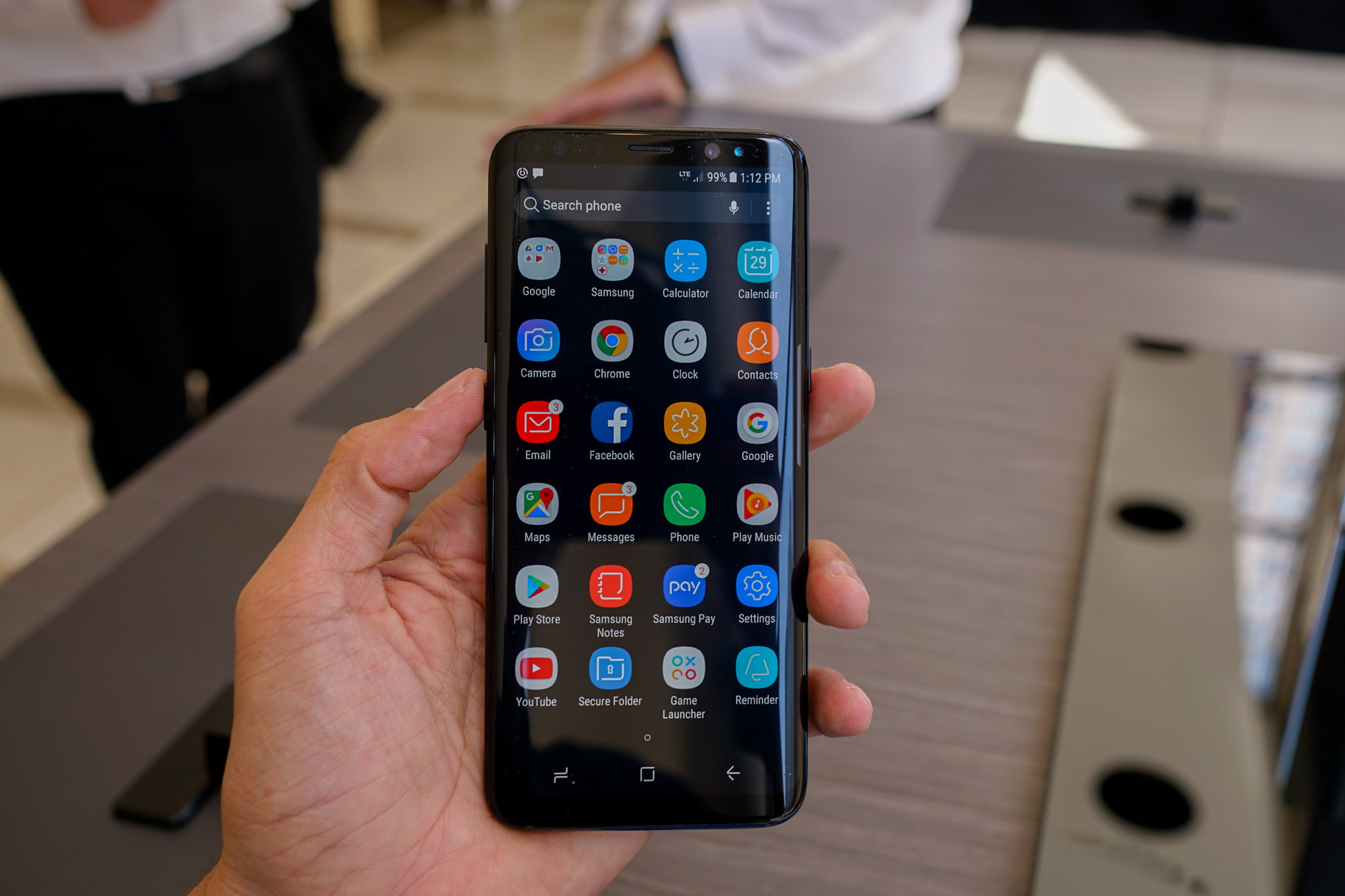 Man-hinh-Samsung-Galaxy-S8-2-Sim
