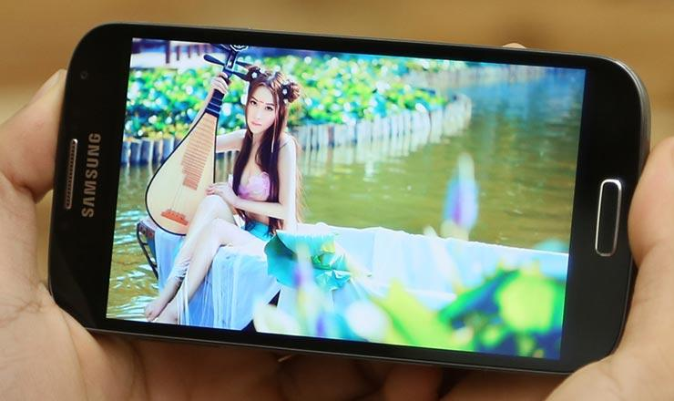 top-5-smartphone-cau-hinh-ram-2gb-gia-chi-khoang-3-trieu-7