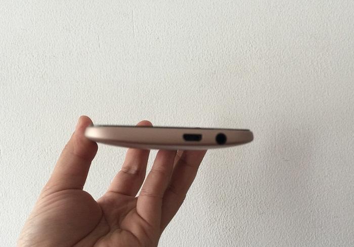 Đập hộp HTC One M8 13