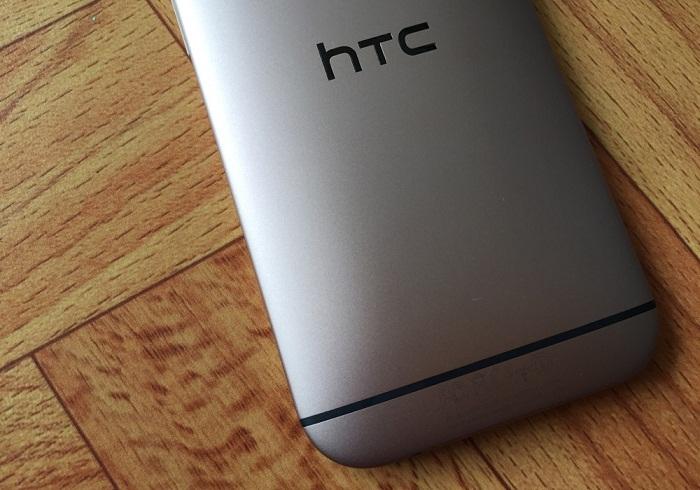 Đập hộp HTC One M8 5