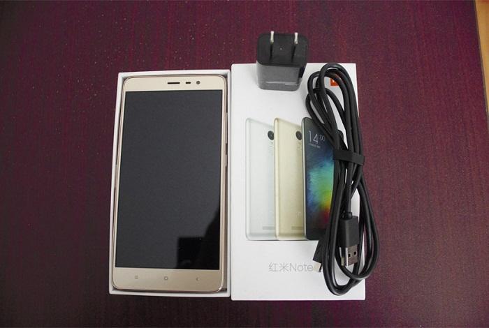 TOP 4 smartphone RAM 3GB 2