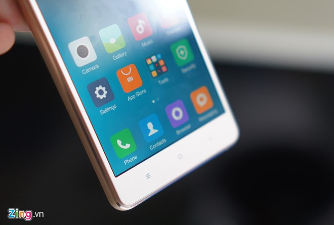 Trên tay Xiaomi Mi 4s thiết kế đẹp 1