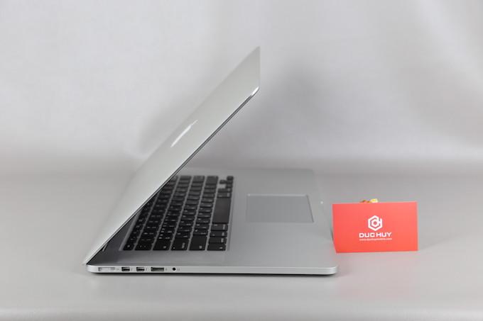 Macbook Pro Duchuymobile đẹp
