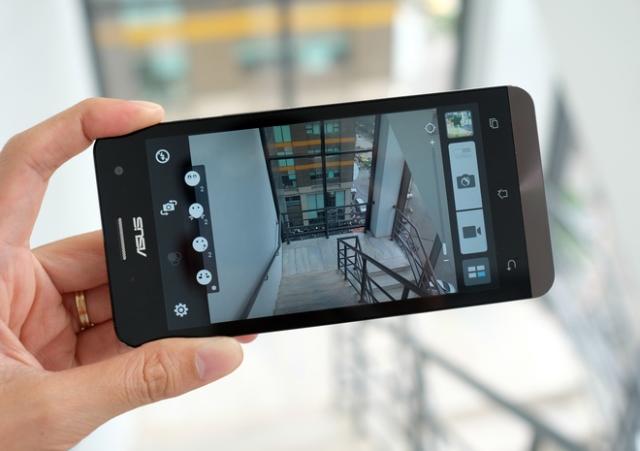 camera-asus-zenfone-5-a501-ram-2gb-16gb