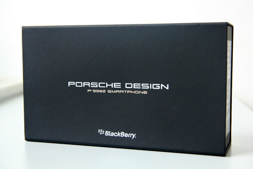 Mo-hop-BlackBerry-Porsche-Design-P998