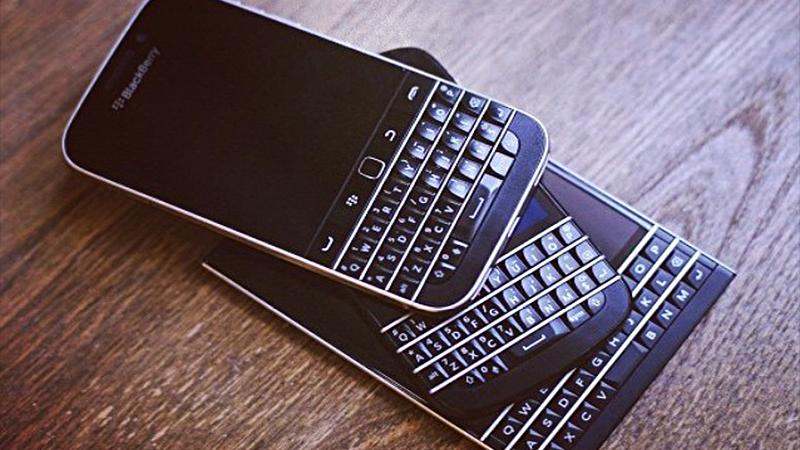 gioi-thieu-blackberry-classic