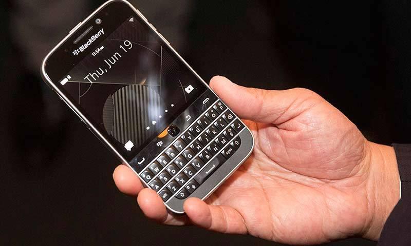 thiet-ke-blackberry-classic