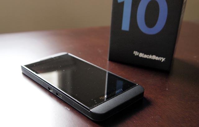 thiet-ke-tren-blackberry-z10