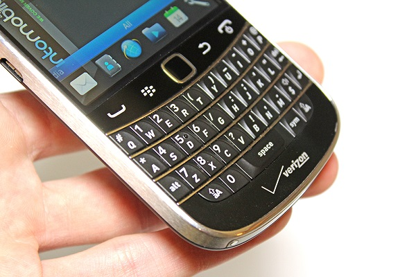 blackberry-bold-9930-ban-phim