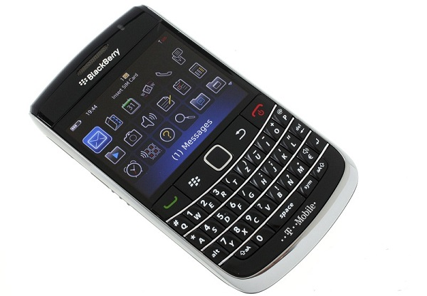 blackberry-bold-9700-mat-truoc