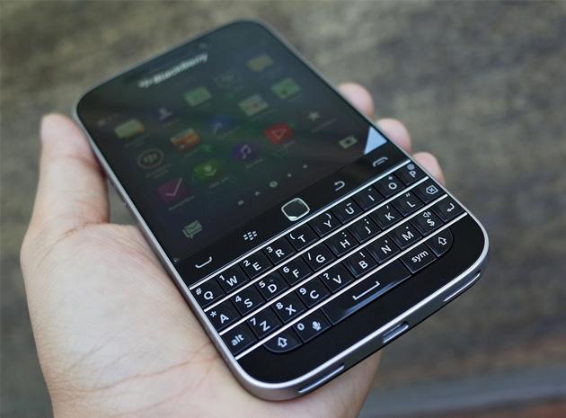 blackberry-classic-q20-my-phan-cung