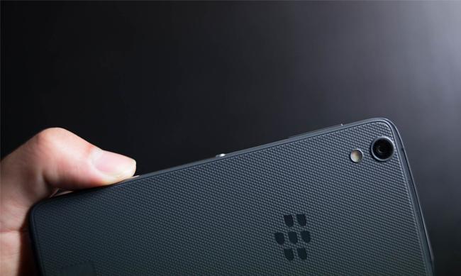 blackberry-dtek50-camera