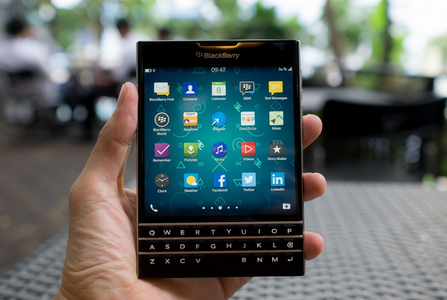 blackberry-passport-man-hinh
