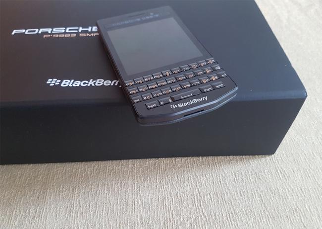 blackberry-porsche-design-p9983-duchuymobile-8