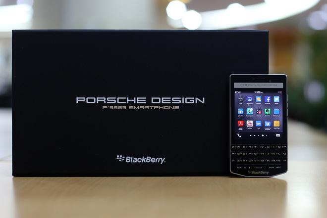 blackberry-porsche-design-p9983-mo-hop