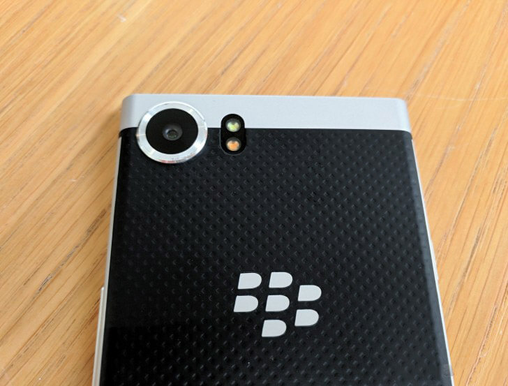 Camera-BlackBerry-Keyone-Duchuymobile