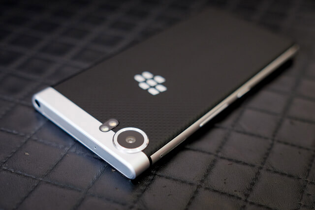 Camera-Blackberry-KEYone-Duchuymobile
