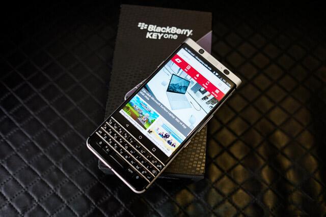 Dap-Hop-Blackberry-KEYone-Duchuymobile