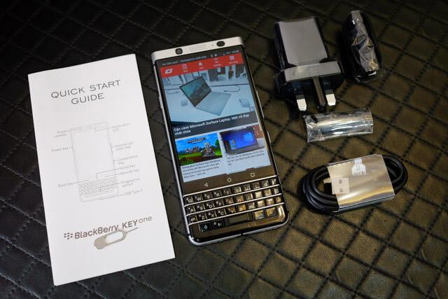 Phu-kien-BlackBerry-KEYone
