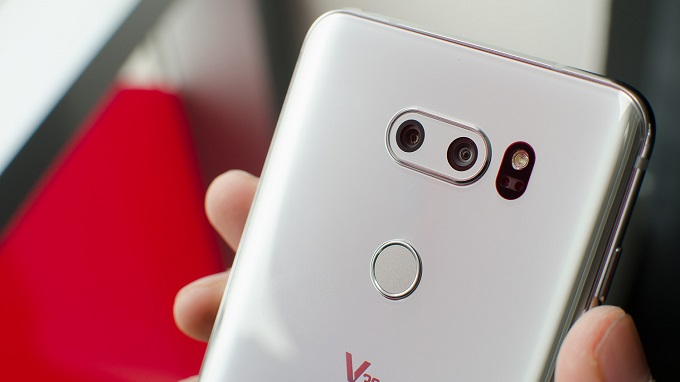 camera-kep-lg-v30-cu-duchuymobile