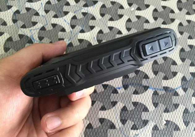 kt-powertel-betroi-p220-hinh-anh-tren-tay-4