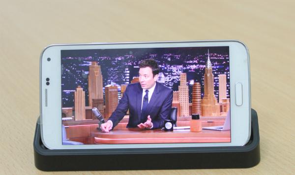 Samsung Galaxy S5 Au Xách Tay Nhật màn hình đẹp
