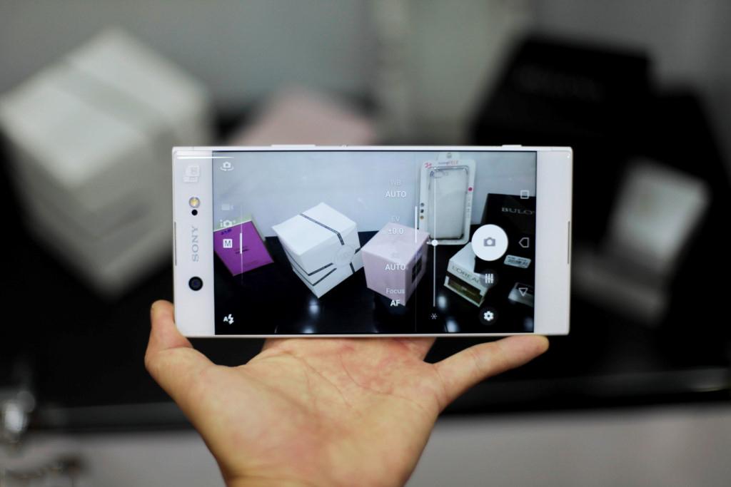 Giao-dien-camera-Sony-Xperia-XA1-Ultra