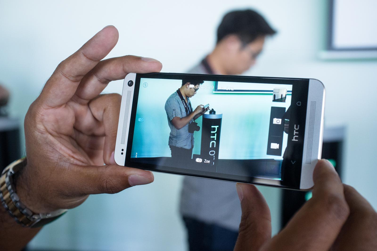 camera-HTC-One-M7