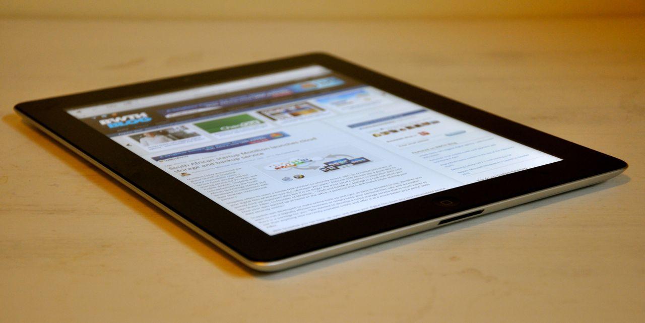 Thiết kế hơi vuông trên iPad 3 64GB - 3G Wifi Cũ (Like New 99%)
