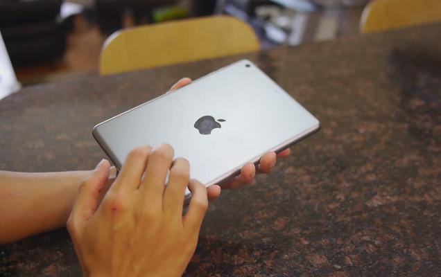 Thiết kế nguyên khối trên iPad Mini 2 Cũ (Like New 99%)