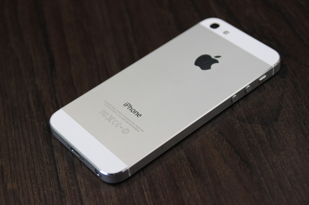 iphone-5-white-voi-thiet-ke-hoan-thien