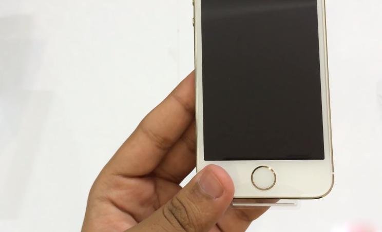 Hình ảnh ở hộp iPhone 5S Lock 04