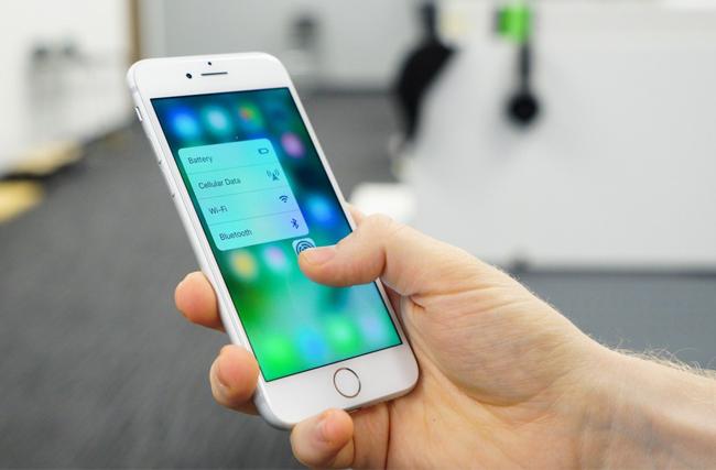 iphone-7-32gb-tren-tay-danh-gia-1
