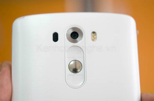 LG Liger F490 camera