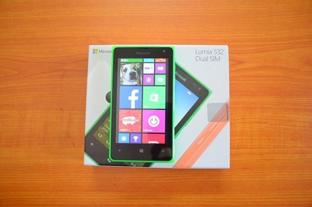 microsoft-lumia-532-thiet-ke
