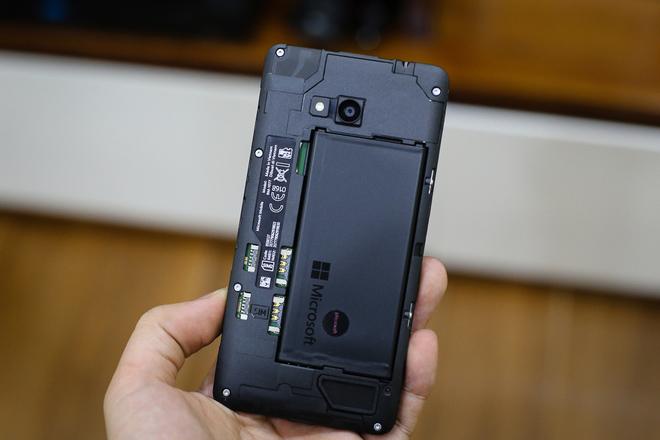 microsoft-lumia-640-pin