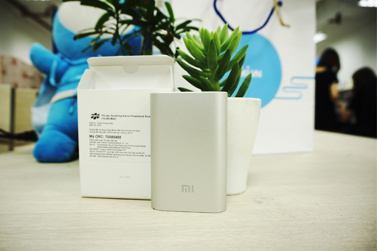 pin-sac-du-phong-xiaomi-power-bank-10000mah-chinh-hang-1
