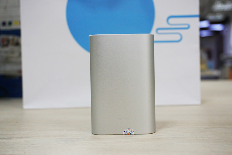 pin-sac-du-phong-xiaomi-power-bank-10000mah-chinh-hang-2